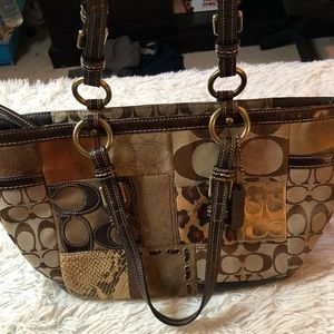 Coach patchwork hand bag in very good condition